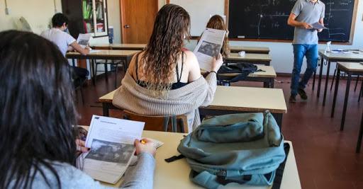 A provável chegada da 3ª onda e o tsunami contínuo na Educação